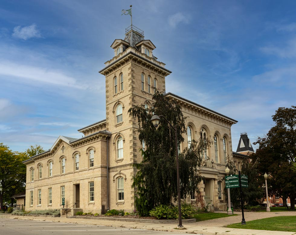 simcoe town hall, simcoe, ontario, photo by david lasker photography for david lasker communications